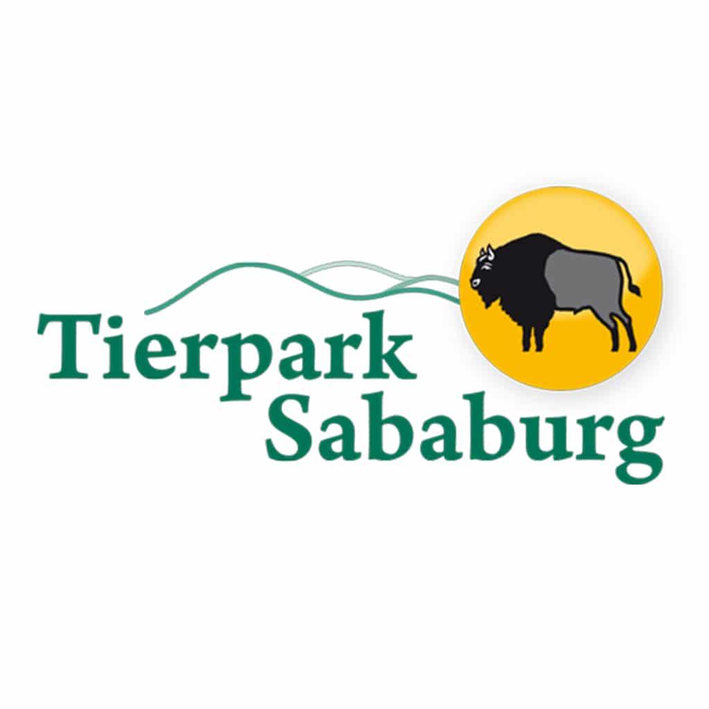 Lapplandlager mit Rentieren im Tierpark Sababurg